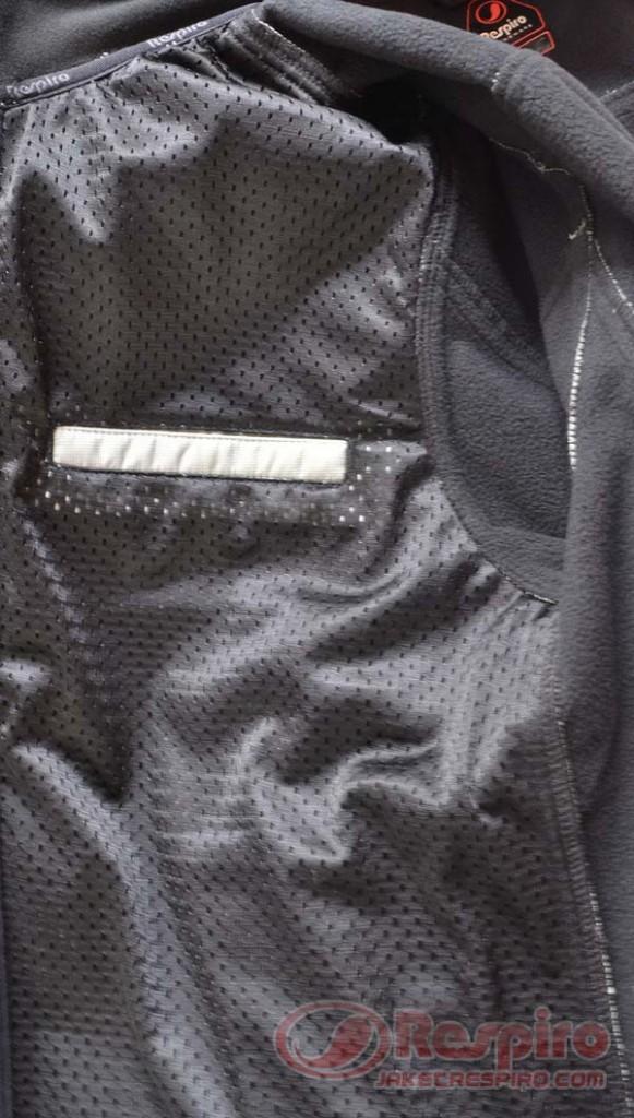 D-Ride-R1-Inside-Pocket-System