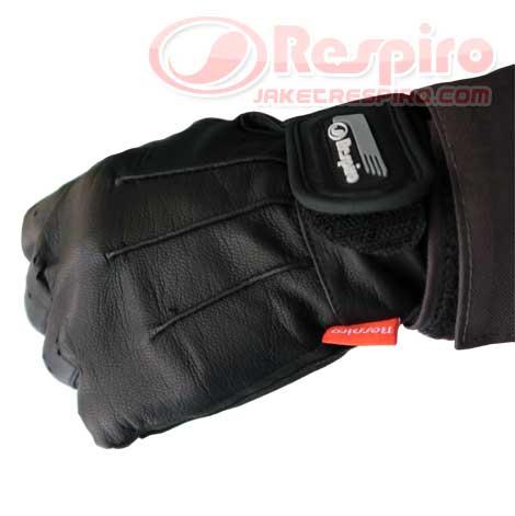 5-Glove-Skinner-front
