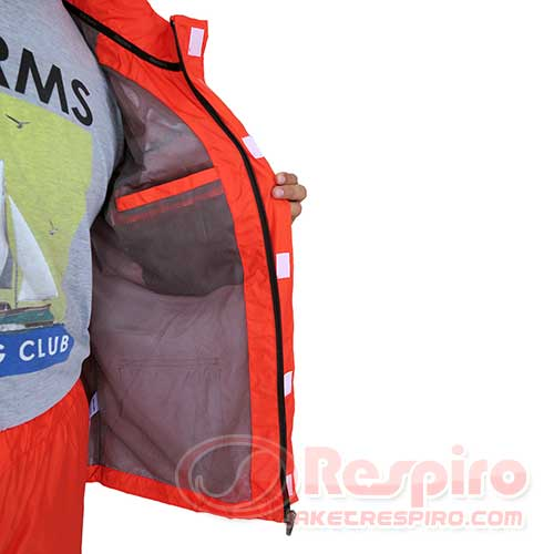 jas-hujan-respiro-8.-Rain-Suit-R2-Inside-Pocket