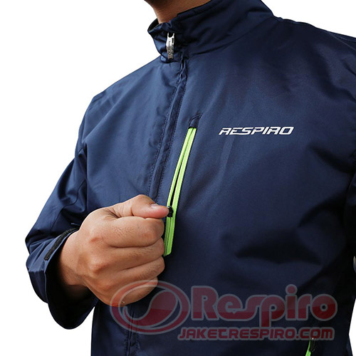 5-xentra-r1-navy-chest-pocket